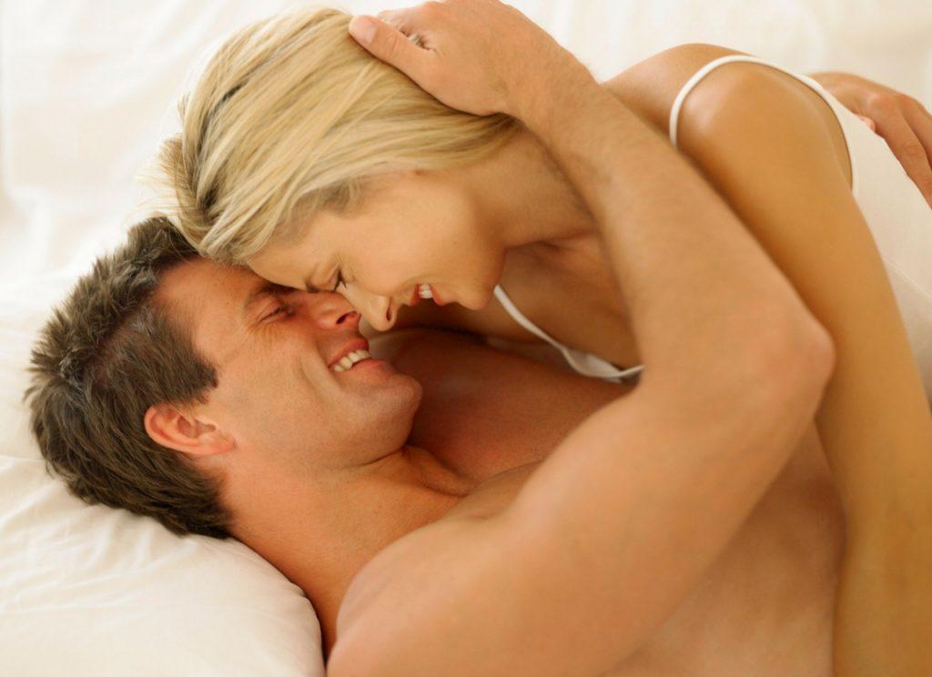 Se sangra mucho la primera vez que haces el amor [PUNIQRANDLINE-(au-dating-names.txt) 55