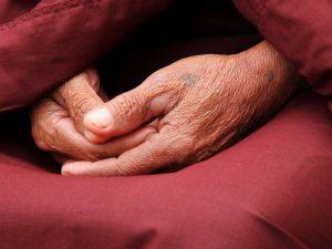 Ketoprofeno se usa para la artritis.